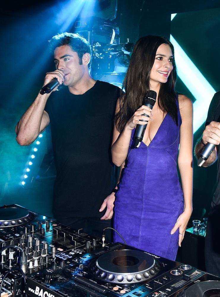 A We Are Your Friends, magyar címen Miénk a Világ című film promóciós turnéjának kanadai állomásán tartottak egy afterpartyt, ahol Zac Efronnal mutatták meg, hogy a DJ pult mögött is van keresnivalójuk