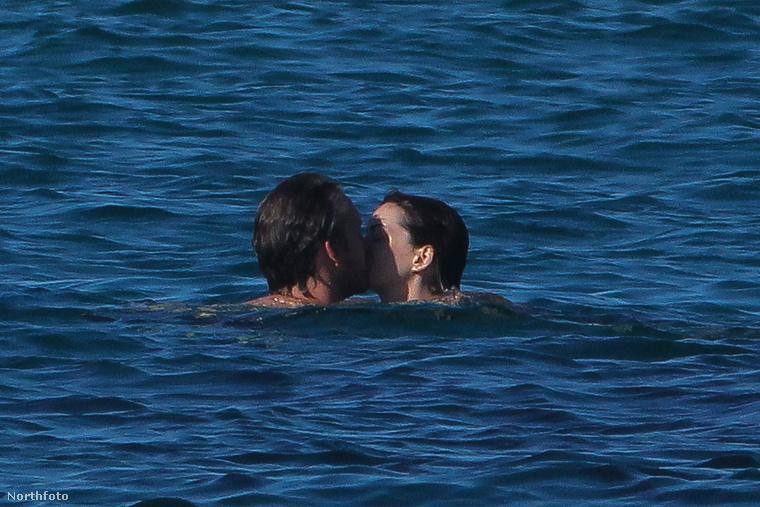 Elcsattant néhány csók is
