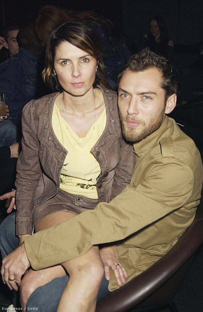 2003-ban váltak el, miután Jude Law megcsalta Frostot Sienna Millerrel