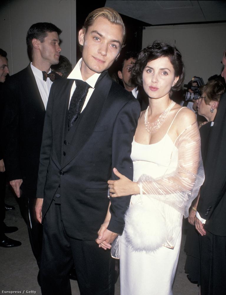 97-ben meg Jude Law-hoz.