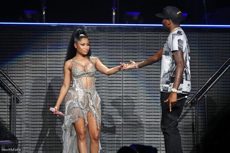 Minaj pasija, Meek Mill is a színpadra lépett, innen már egyenes út vezetett az apró ruhabalesetig.