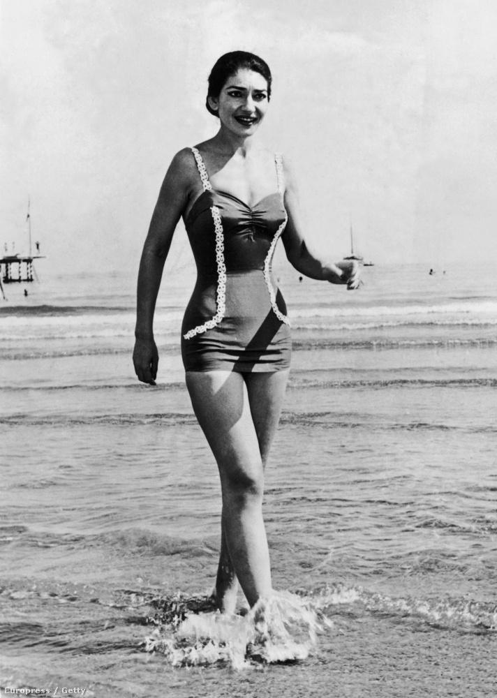 Nagyon ritka alkalom, az opera díva Maria Callas fürdőruhában! (1957)