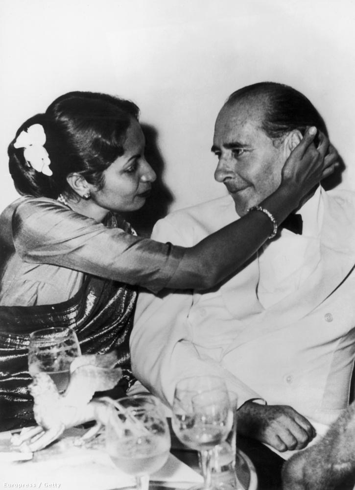 Nagyon érdekes  Sonali Dasgupta és Roberto Rossellini sztorija: a bengáli nő rendező férjén keresztül ismerkedett meg az olasz rendezővel Indiában, az ismeretségből szerelem lett, és Dasgupta elhagyta férjét és gyermekeit az akkor még Ingrid Bergmannal házas Rosselliniért