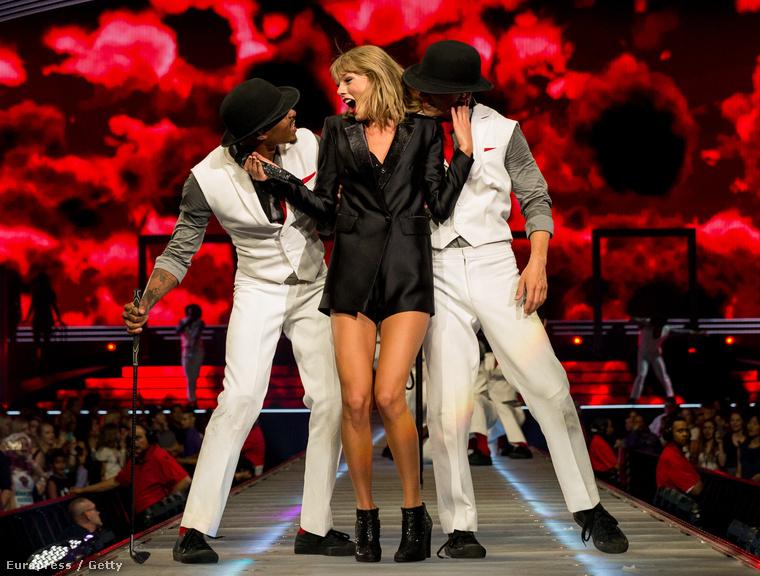 Ön inkább nézze Taylor Swiftet!