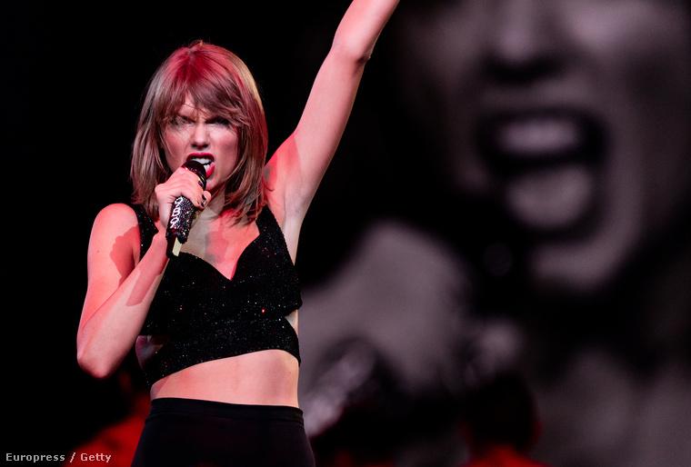 Swift éppen turnézik, és tényleg neki találták ki a színpadot