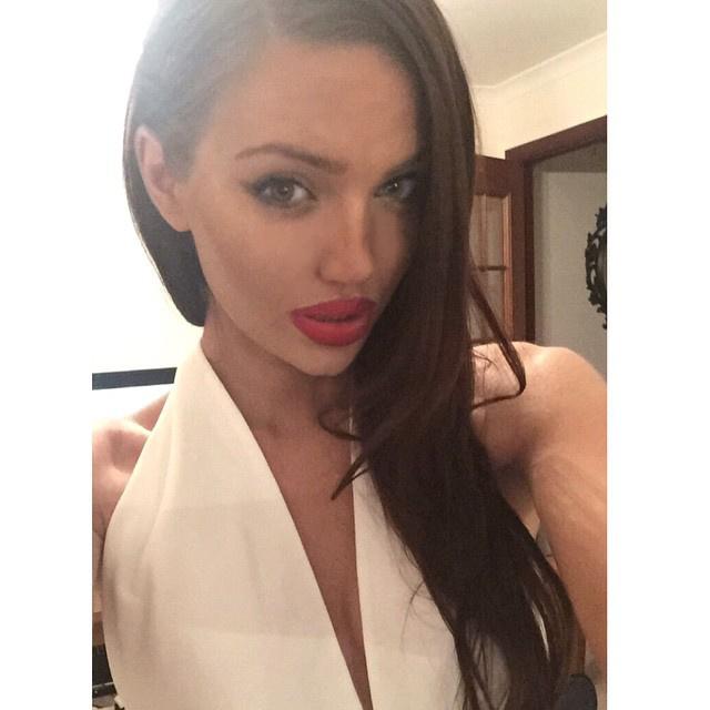 Angelina Jolie megy egy eseményre