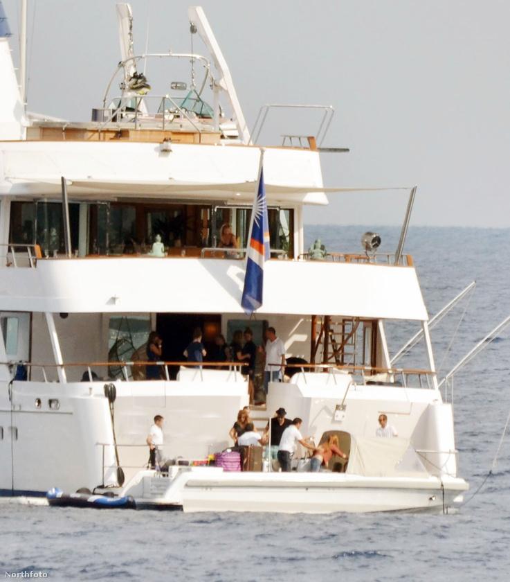 Pedig egy ilyen jachton nem lehet rossz