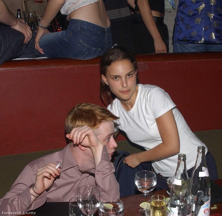 Például Natalie Portmannel együtt