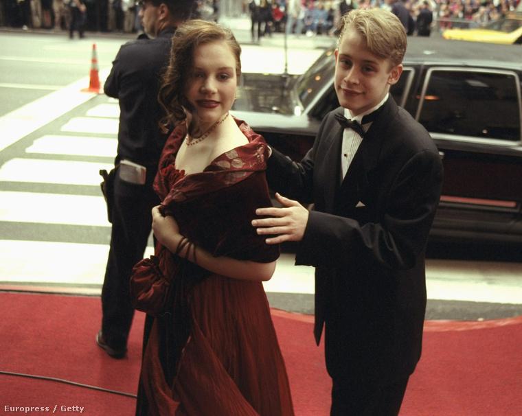 1998-ban, 18 évesen feleségül vette barátnőjét, Rachel Minert, akitől két év múlva el is vált