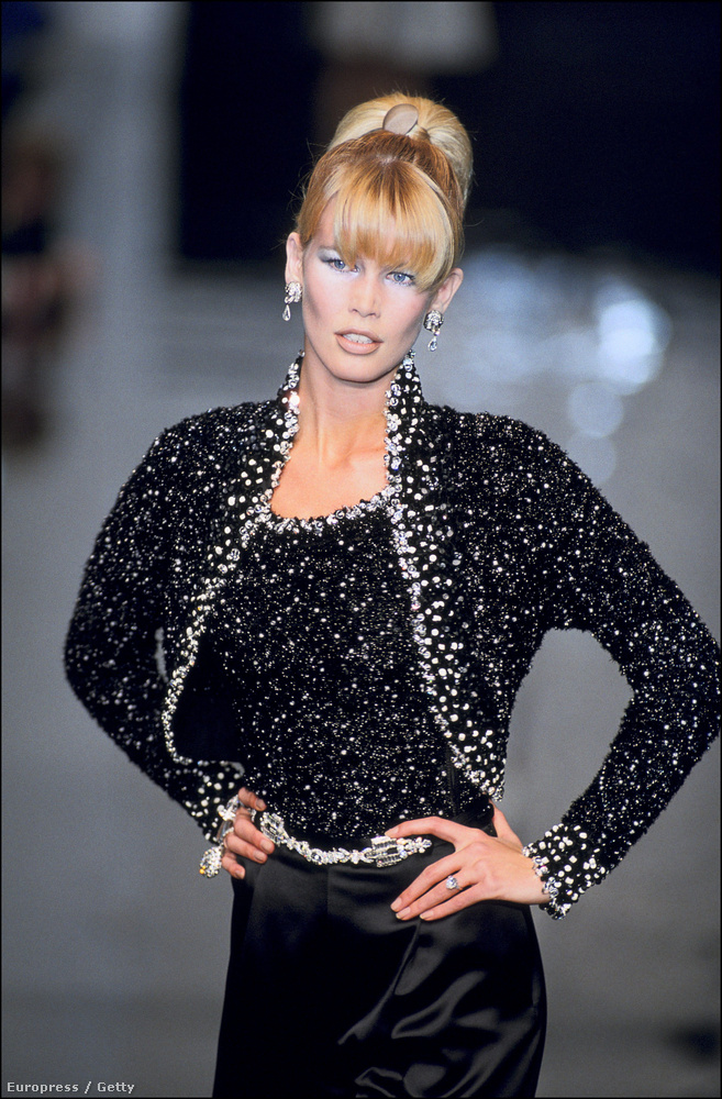 Egy halom Vogue-címlapja volt, de ő volt az első modell is, aki szerepelt a Vanity Fair, a Rolling Stone magazin, a The New York Times és a People magazin címlapján