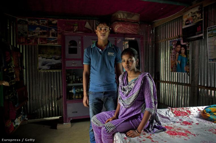 A 14 éves Mousammat Akhi Akhter férjével, a 27 éves Mohammad Sujon Miával