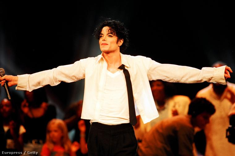 ...aki akkoriban Michael Jackson felesége volt.