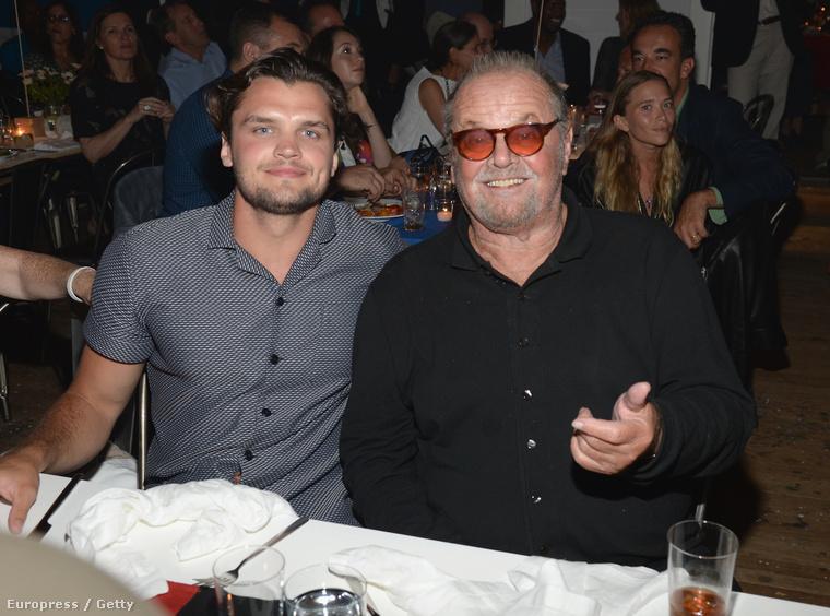 A hét csúcspontja viszont egyértelműen az volt, hogy megtudtuk, Jack Nicholsonnak amúgy van egy fia...