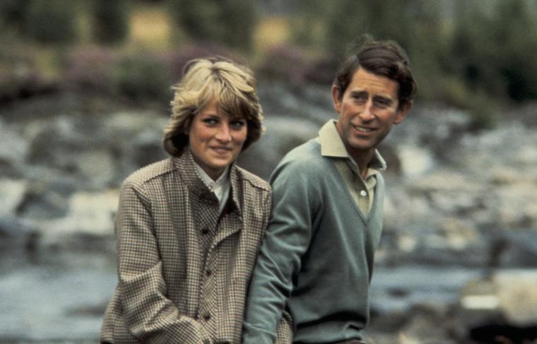 Így Károly Dianát vette feleségül, ezzel ő lett Wales Hercegnéja