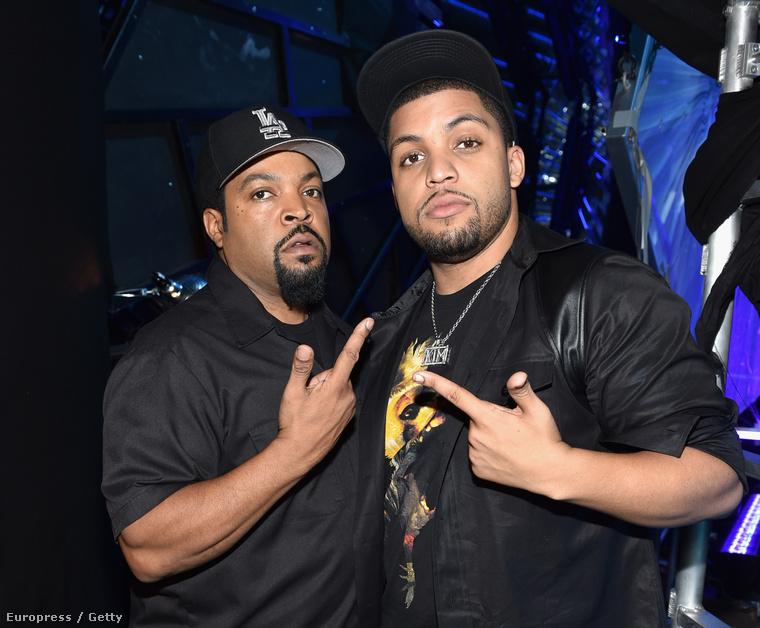 Ice Cube pedig olyan fejet vágott, mint aki egyáltalán nem érti, hogy hol van