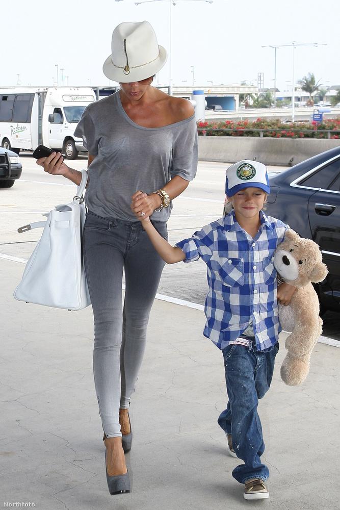 Romeo Beckham amúgy nem csak azért mázlista, mert Victoria Beckham az anyja