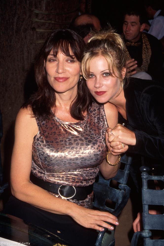 96-ban Christina Applegate-tel, aki ugye a lányát játszotta