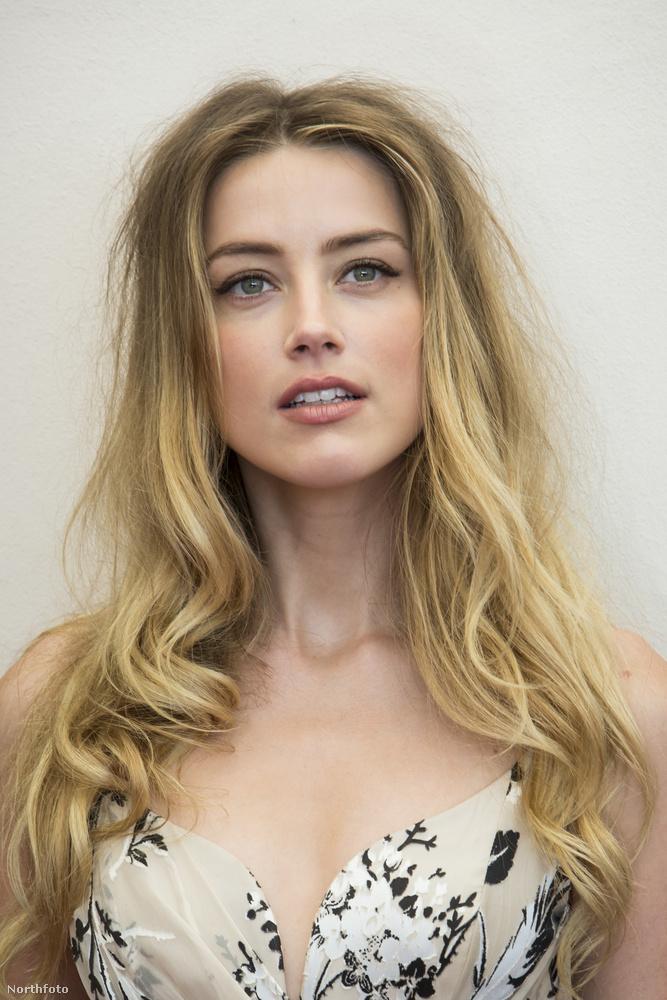 Például, hogy az előző képen is látható Amber Heard színésznő (mellesleg Johnny Deppné) minden képen olyan arcot vág, mint aki nagyon sok tudatmódosítót tolt magába.
