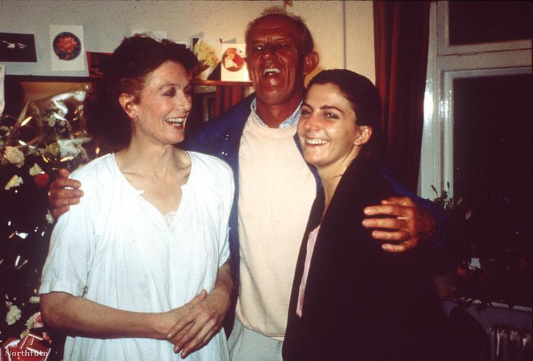 A képen bal oldalon Vanessa Redgrave látható
