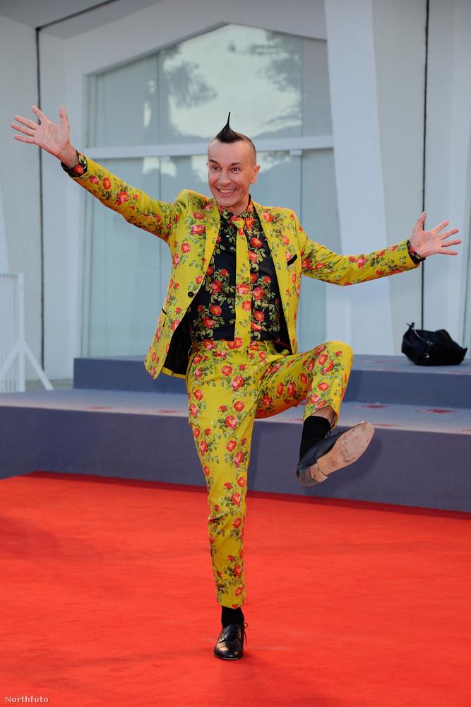 A bemutatón ott volt Arturo Brachetti, aki világrekorder átöltözőművész