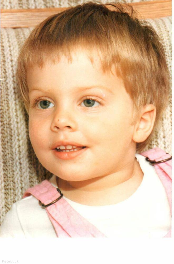 Tatár Csilláról kiderült, hogy kisgyerekkora óta nagyjából ugyanúgy néz ki.