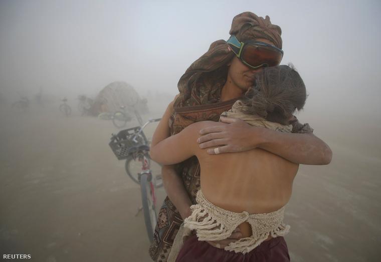 Az idei fesztivált homokvihar is színesítette