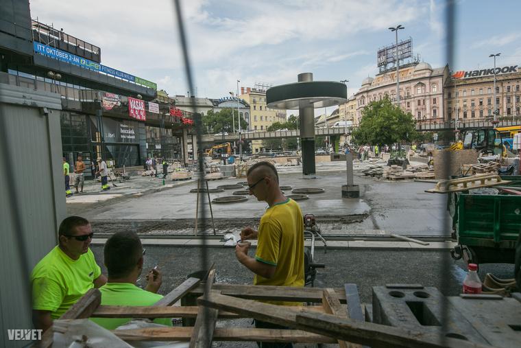"""2013 óta tervben volt a terület felújítása - végül egy """"szerényebb"""", közel 300 millió forintos büdzséből kellett gazdálkodnia a VI"""