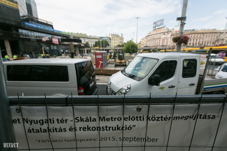 Május közepén estek neki a Nyugati térnek, hogy aztán (várhatóan) szeptember végén felújítva adhassák át a fővárosban közlekedőknek