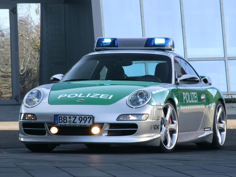 Ez a Porsche 911 Carrera S simán elférne a Cobra 11 című sorozatban is