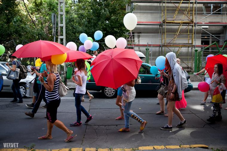 2005 óta hivatalosan is a piros esernyő a szimbóluma a szexmunkások ellenállásának és az őket érő diszkriminációnak