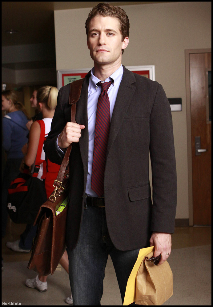 A Glee klub vezetőjeként Matthew Morrison szinte már fokozhatatlanul szexi tanár.