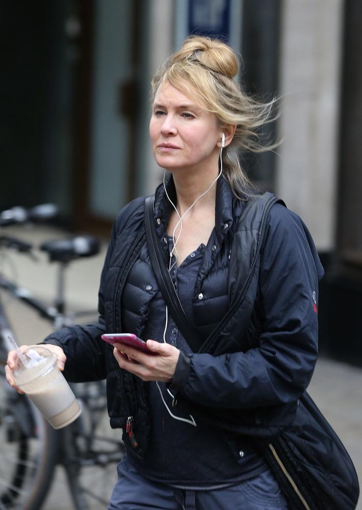 Bridget Jones, azaz Renée Zellweger így néz ki                          ma