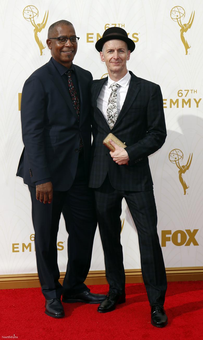 A jobb oldalon kalapban látható Denis O'Hare a True Bloodból vagy az American Horror Storyból lehet ismerős