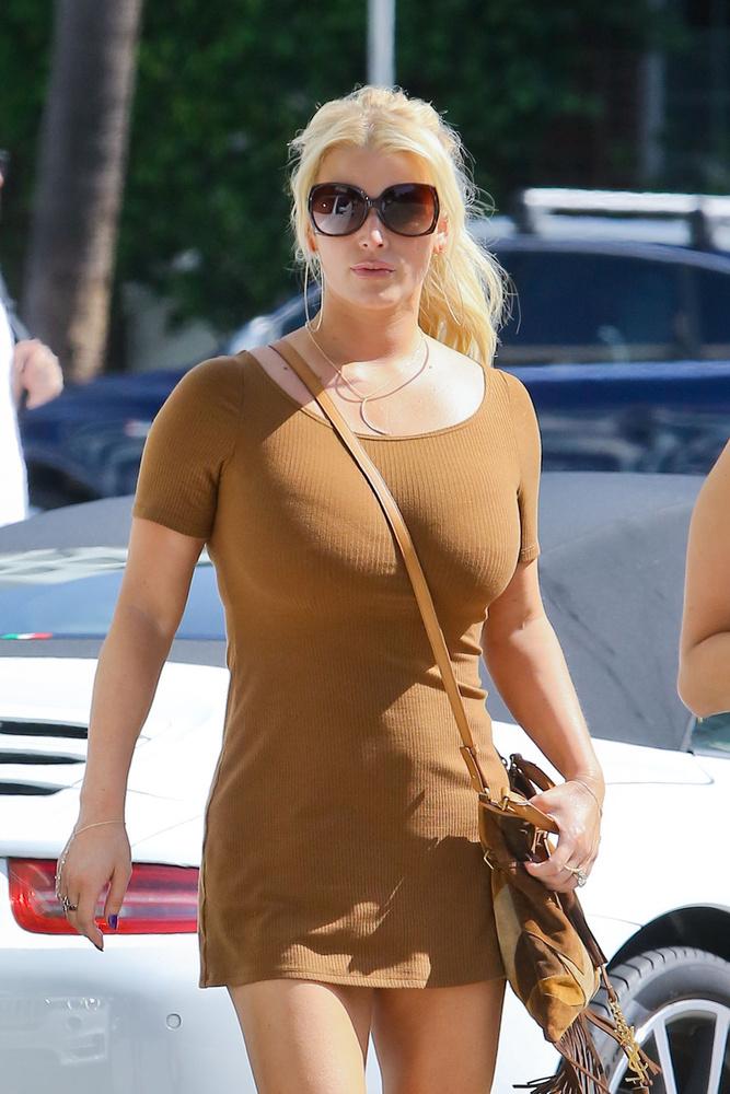 Jessica Simpson ilyen a hollywoodi napsütésben