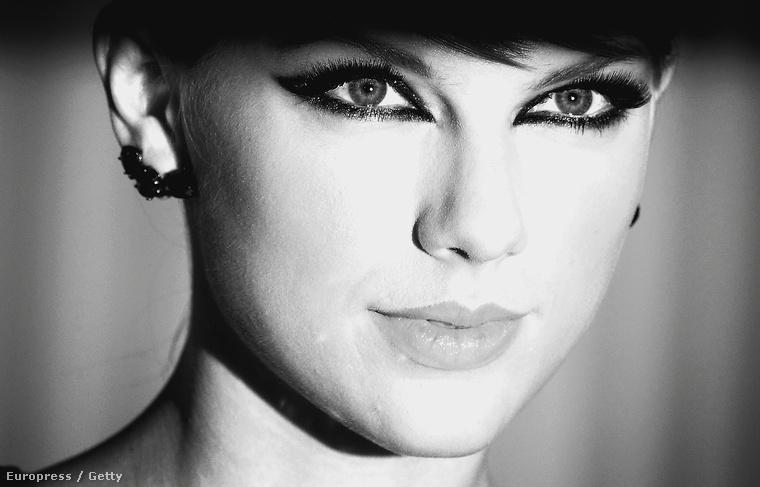 Mondjuk Taylor Swiftről készült már pár jó fotó, de azért ez is elég ütős lett