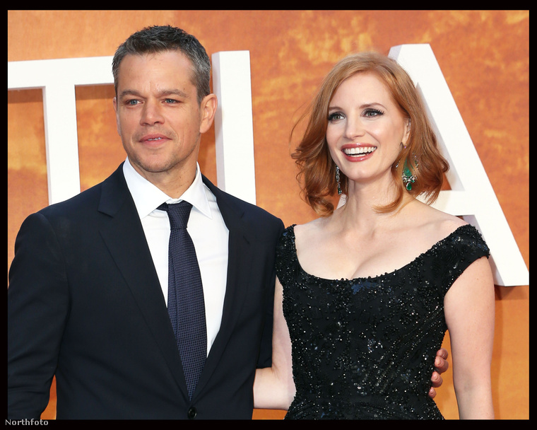 Matt Damon és Jessica Chastain, a színésznő egyébként a Vészhelyzetben kezdte a karrierjét, 2004-ben